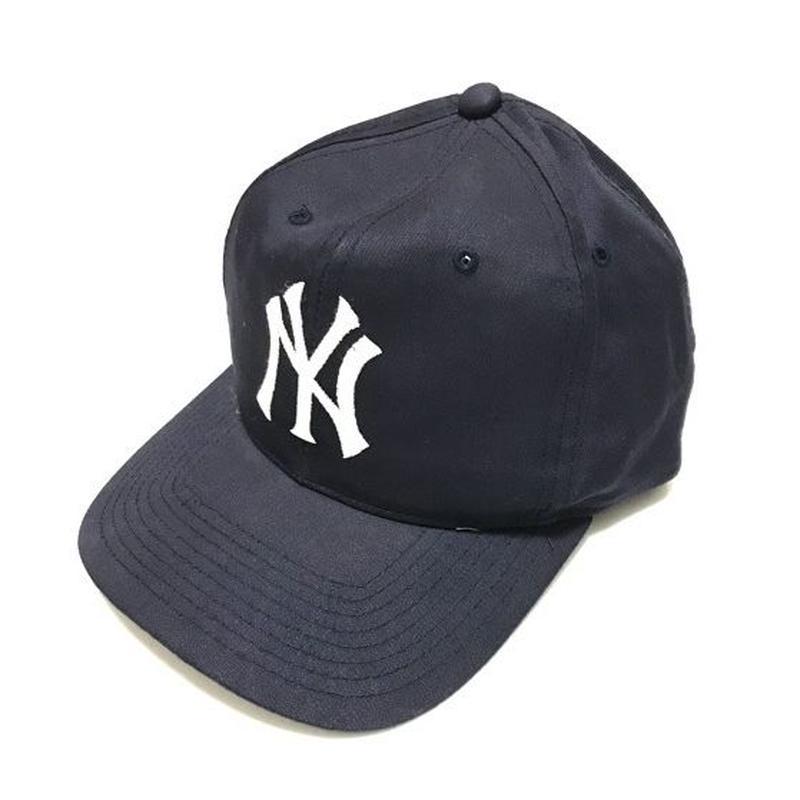 1990's NYヤンキース ロゴ刺繍キャップ (実寸free)