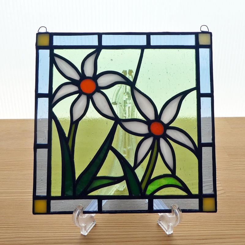ステンドグラス ミニパネル 野花(白) 15cm