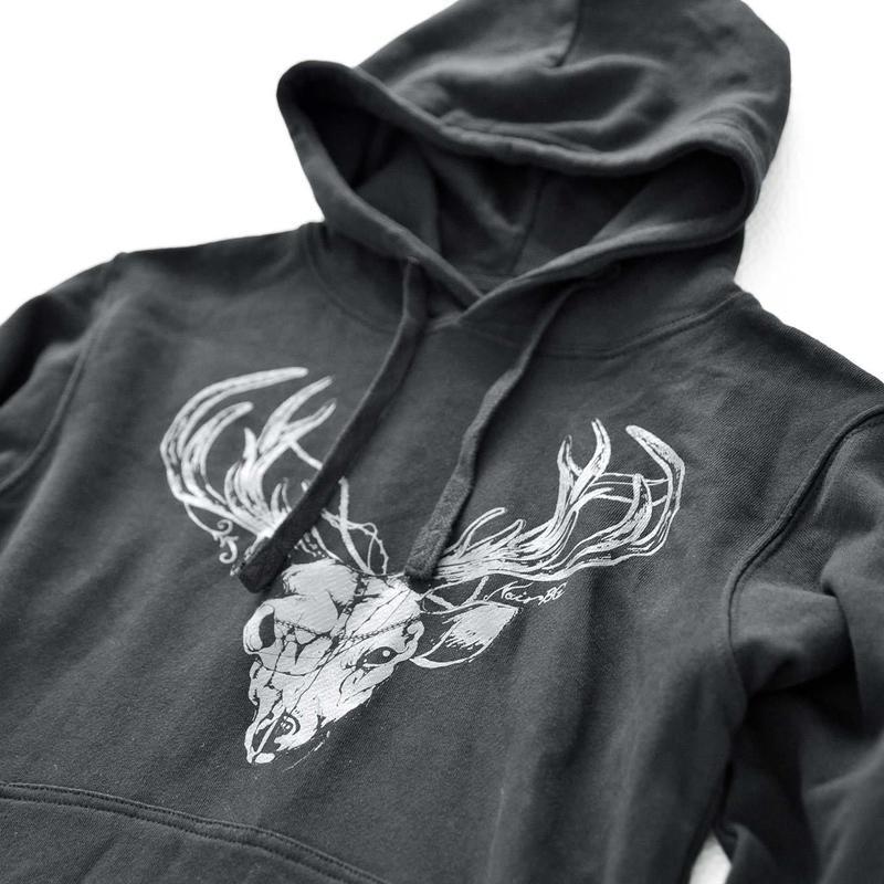 鹿プルオーバーパーカー / Deer Pullover Hoodie