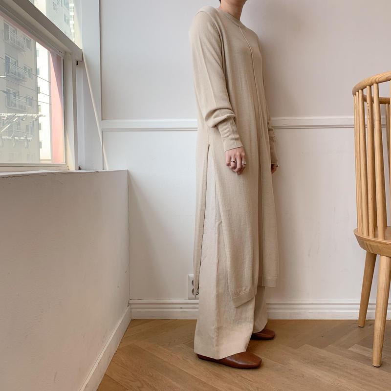 ✳︎予約販売✳︎long slit knit/2colors