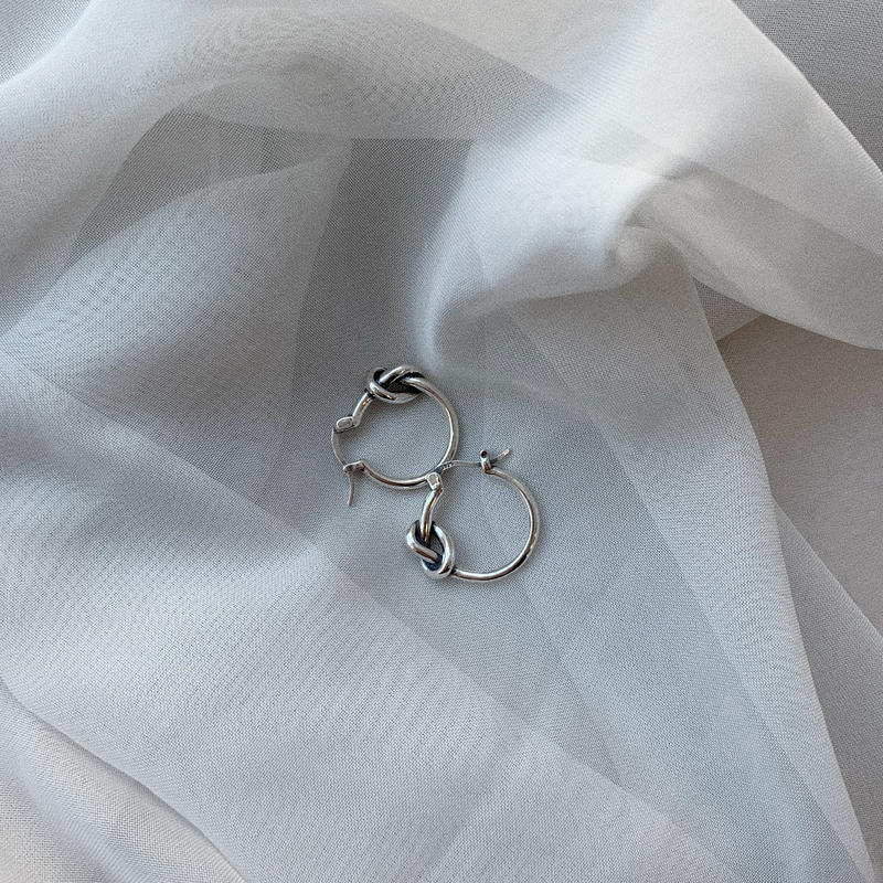 ✳︎予約販売✳︎silver925 knot pierce