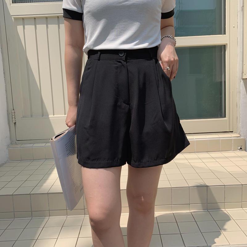 ✳︎予約販売✳︎relax short pants