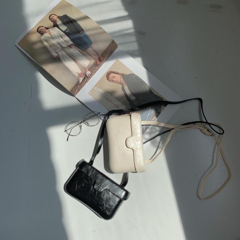 ✳︎予約販売✳︎minimal square bag/2colors