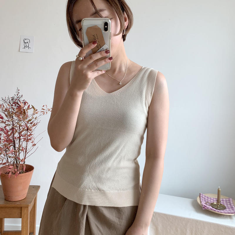 ✳︎予約販売✳︎detail knit tank /2colors
