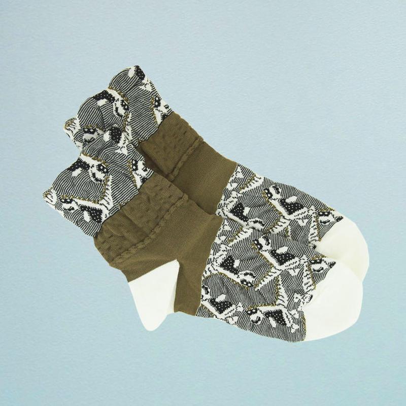 【nonnette】 Stegosaurus  Socks      NS218Y- 01/ white