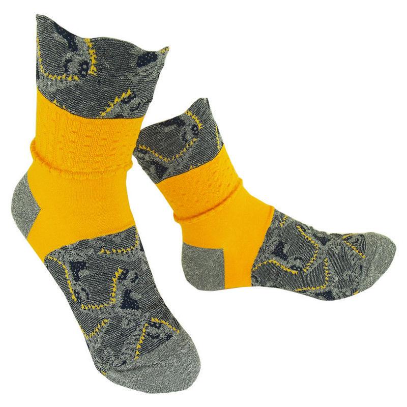 【nonnette】 Stegosaurus  Socks      NS218Y- 90 / gray