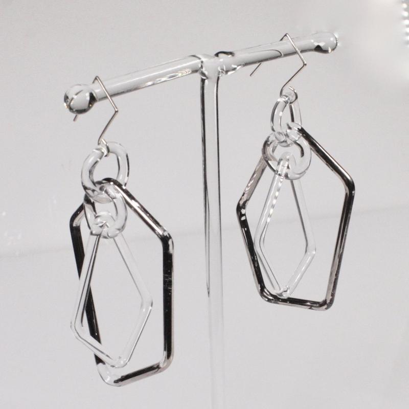 Pentagon Earrings Platinum / ペンタゴンイヤリング プラチナ