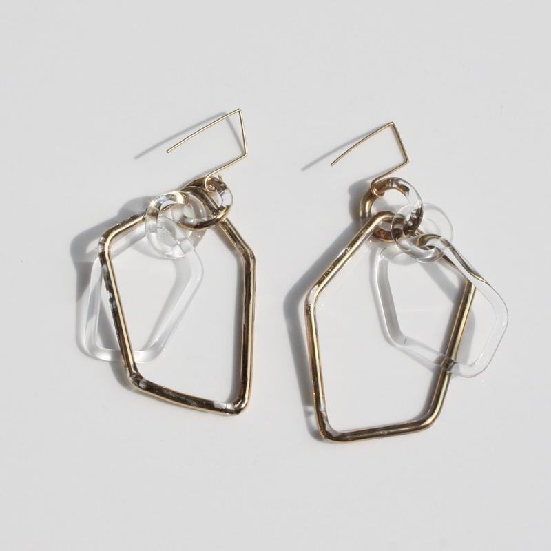 Pentagon Earrings Gold / ペンタゴンイヤリング ゴールド