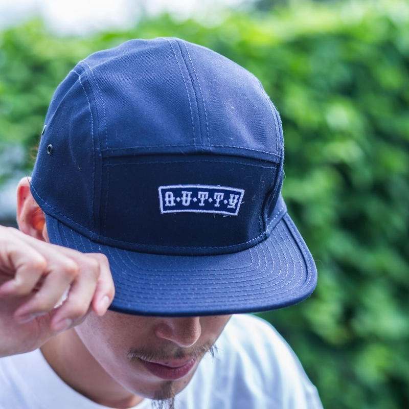 nutty clothing / LOGO WAPPEN 5PANEL CAMPCAP