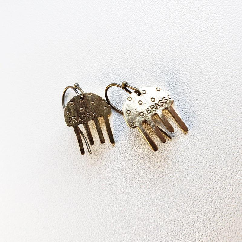 真鍮ピアス クラゲくん/ Brass earring