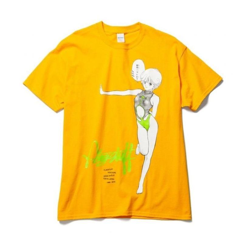 "F-LAGSTUF-F x VIDEO GIRL (電影少女) / ""Hehehe"" Tee (gold)"