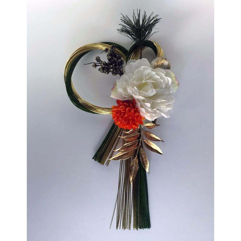 水引とアートフラワーのお正月飾り(小)♪ 花言葉は「高貴」「真実」  「幸せな結婚」