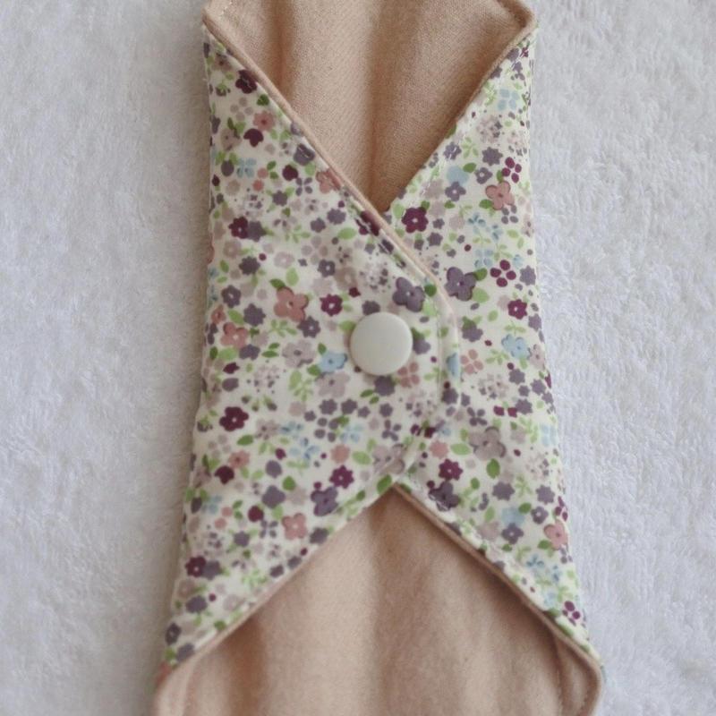 布ナプキンS  びわの葉染 紫花