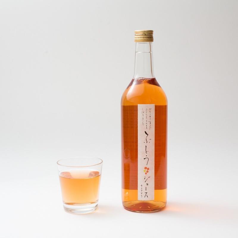 【クリスマスやギフトに最適】まるでノンアルコールのロゼワイン!『森の生活:ナイアガラジュース』(720ml×2本)箱入り