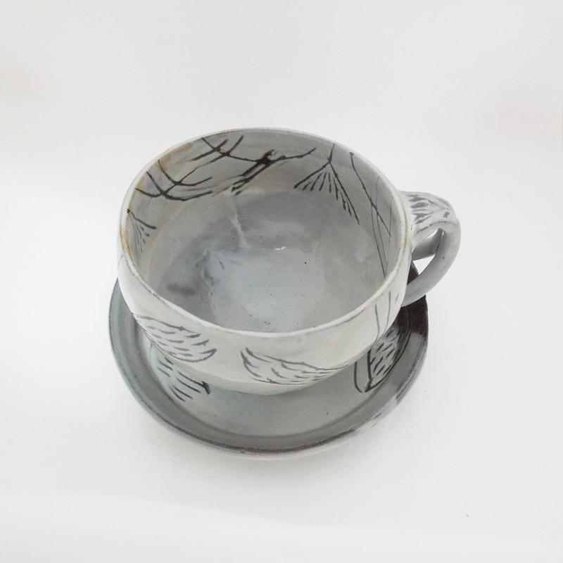 粉引き草文コーヒー碗《S飲2k1》