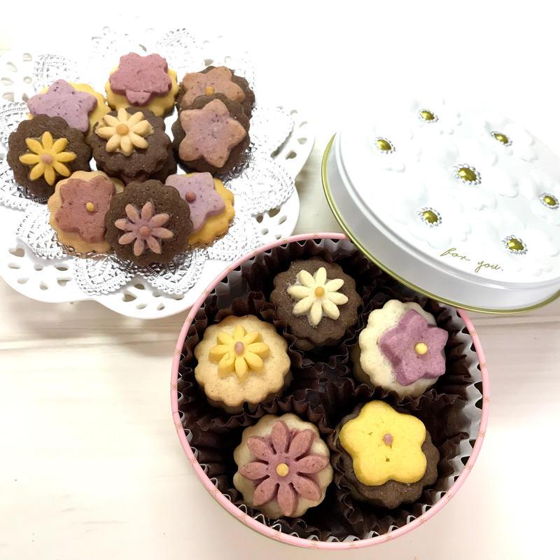 お花のクッキー缶