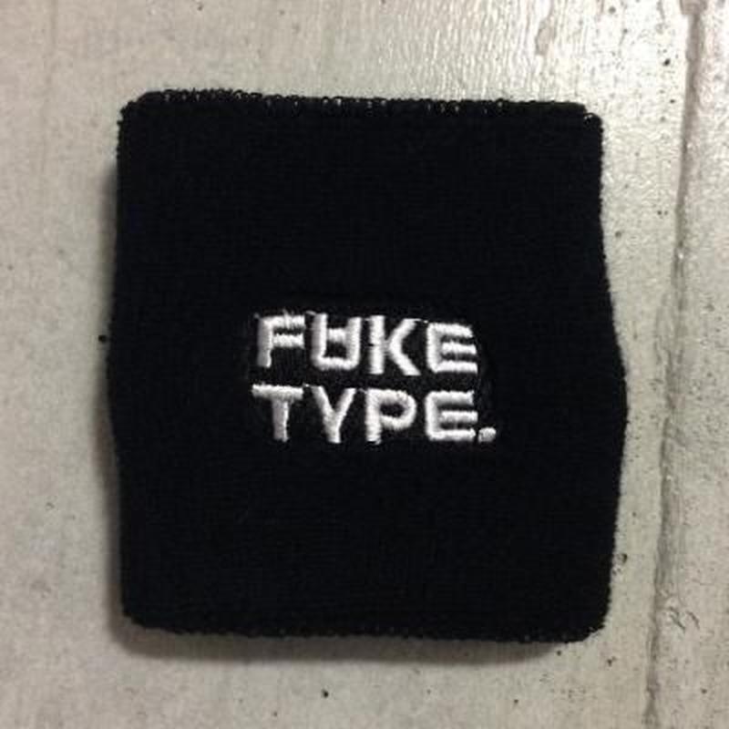 FAKE TYPE. リストバンド