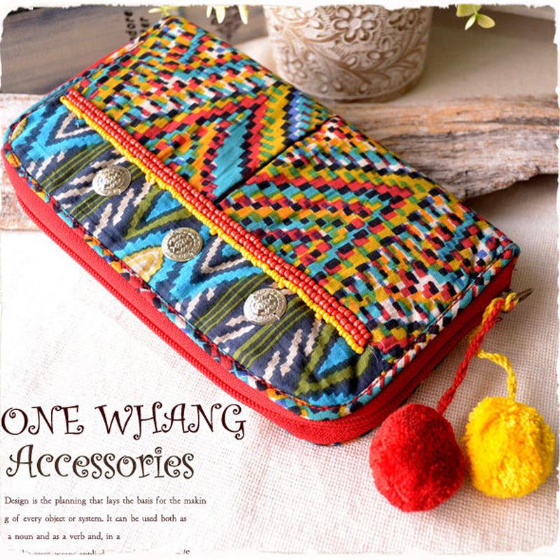 エスニック財布【tk207】モン族風のエキゾチックな柄にかわいいビーズ刺繍! 民族サイフはこれ!長財布でカードもたくさん入ります! レディース 原宿系に大人気★コインとボンボンが綺麗な赤色!