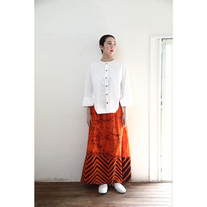 【WOMEN'S】THE FACTORY バティックスカート(Orange×Black)