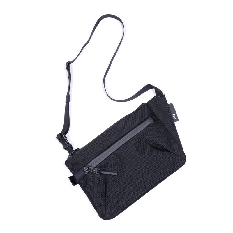 Aer Sling Pouch(Black)