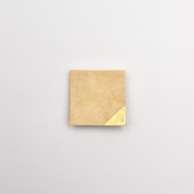 竹のブローチ 四角/金箔