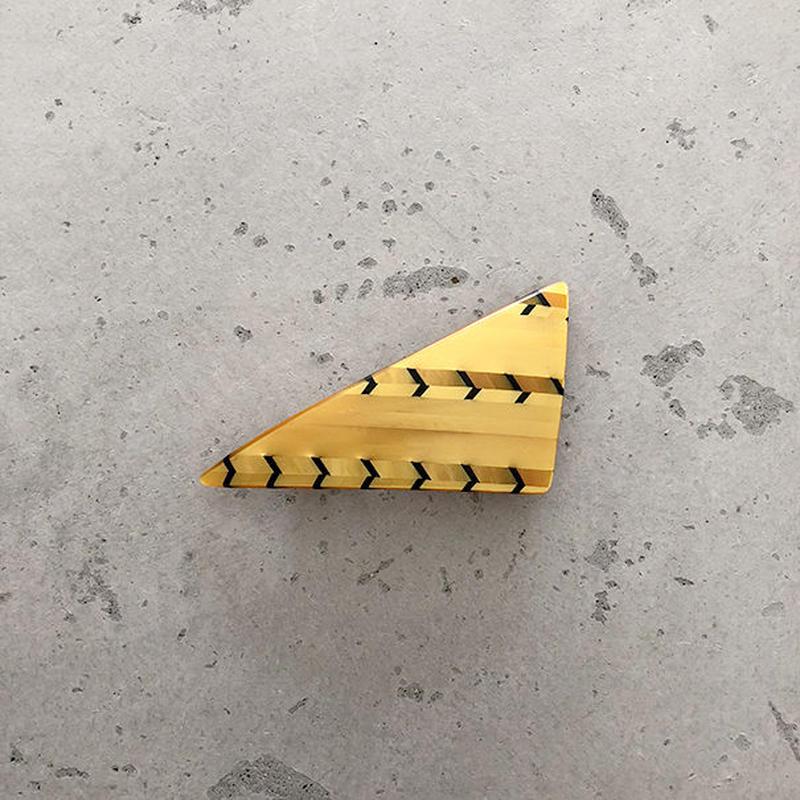triangle barrette Aceti yellow