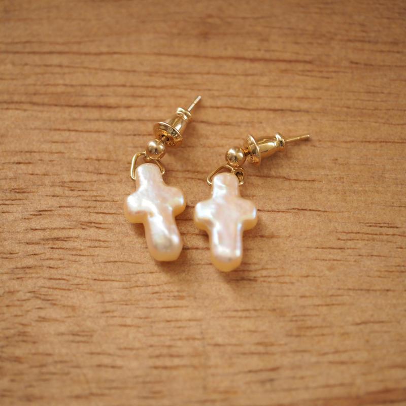 Pearl Cross Pieace(18K Gold )