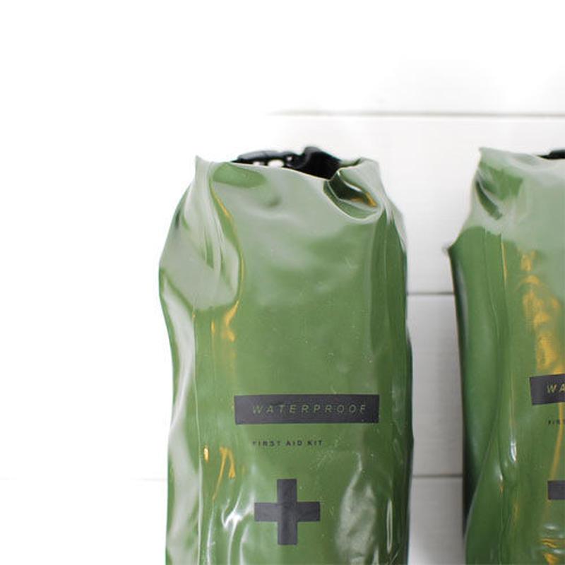 Waterproof pouch  (size:M)