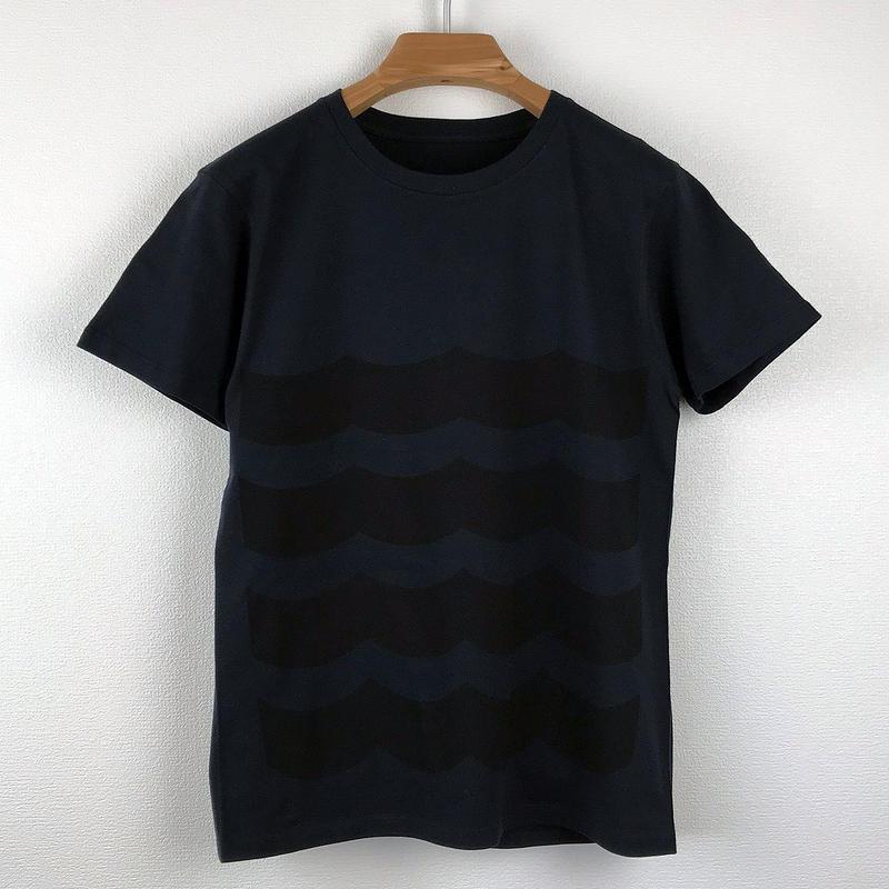 黒波図Tシャツ_濃紺/スリムシルエット
