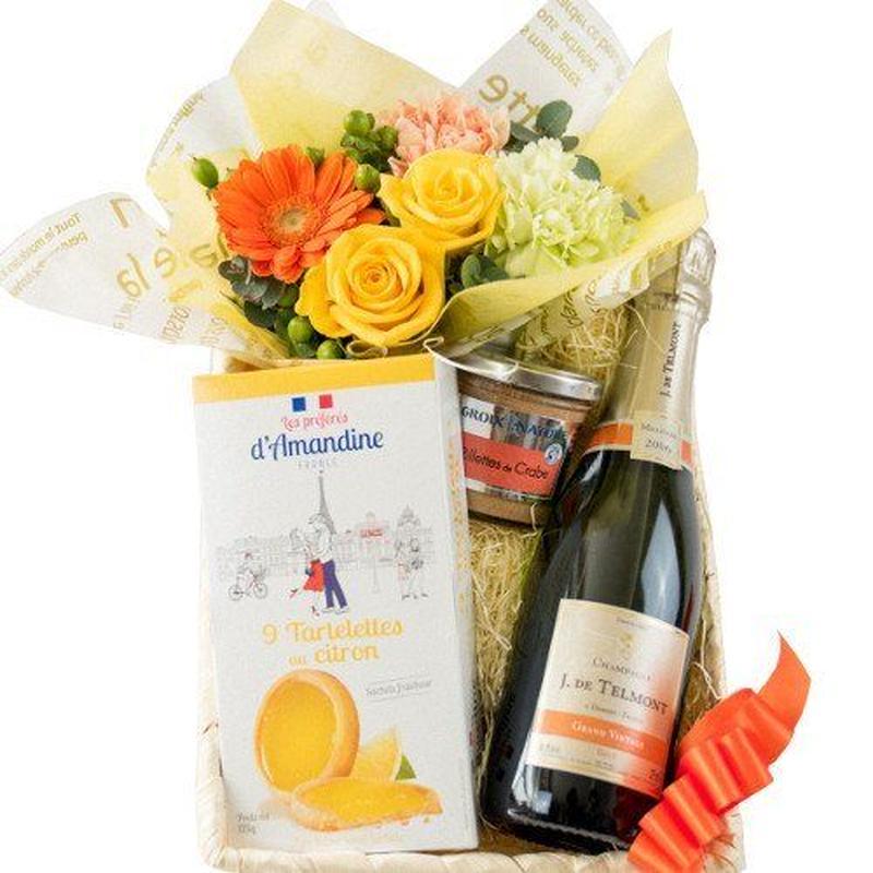 詰め合わせギフト 生花 フラワーアレンジメント シャンパン 375ml レモン味 タルトクッキー 帆立貝柱のリエット  バスケット入り お祝い