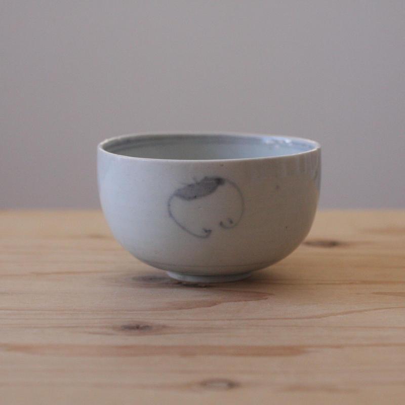 染付のコロ茶碗(蝙蝠)