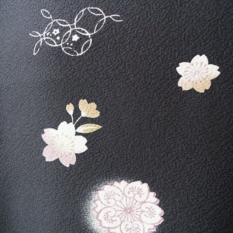 【袷羽織】黒地 桜花文の羽織