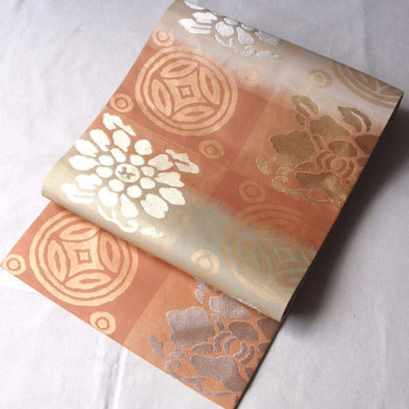 【なごや帯】生成り×サーモンピンク暈し 市松に古典柄 名古屋帯