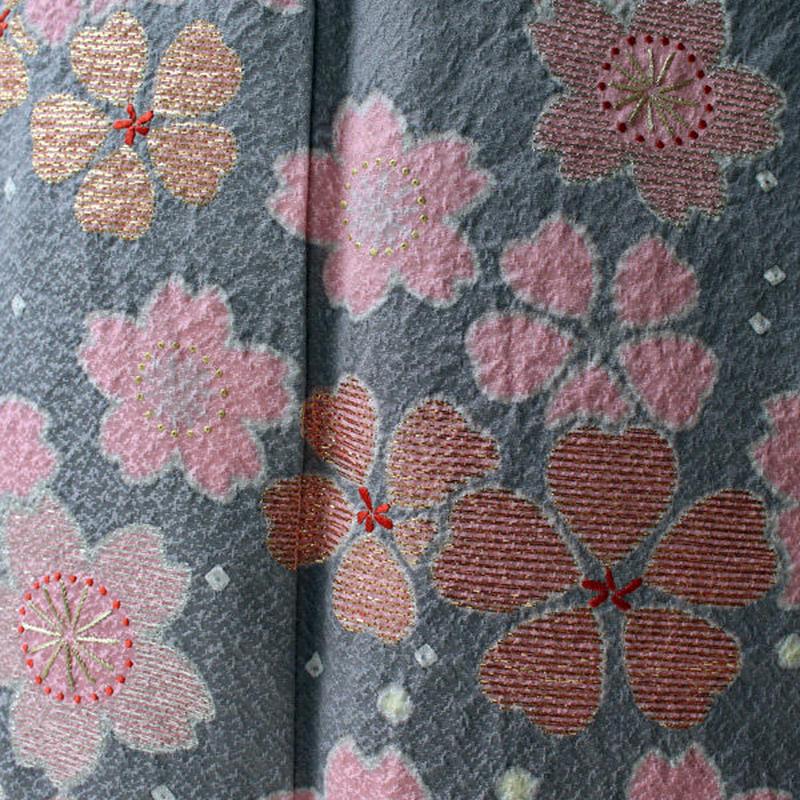 【お振袖】グレー系に満開の桜モチーフの振袖三点セット