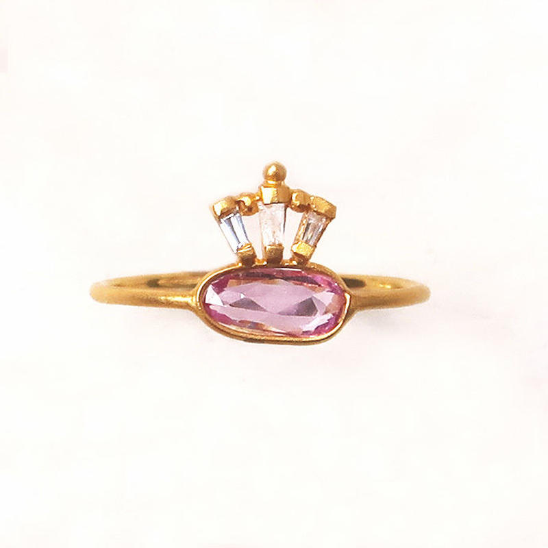 Peacock Crown  { Ring }  pink sapphire. natural zircon. K18