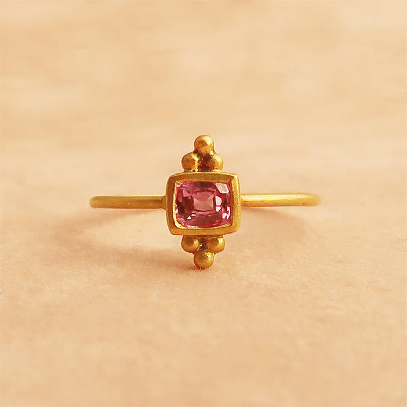 Cosmic Vibes / Square  { Ring }  pink sapphire. K18
