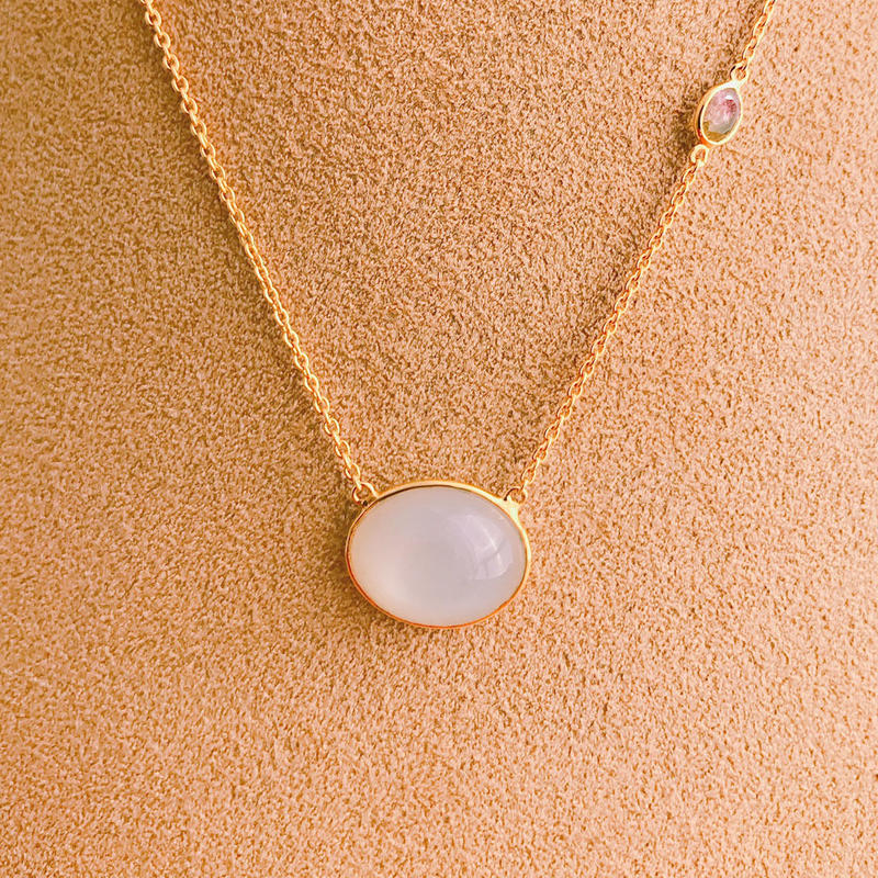 Lucky each other  { Necklace } moonstone