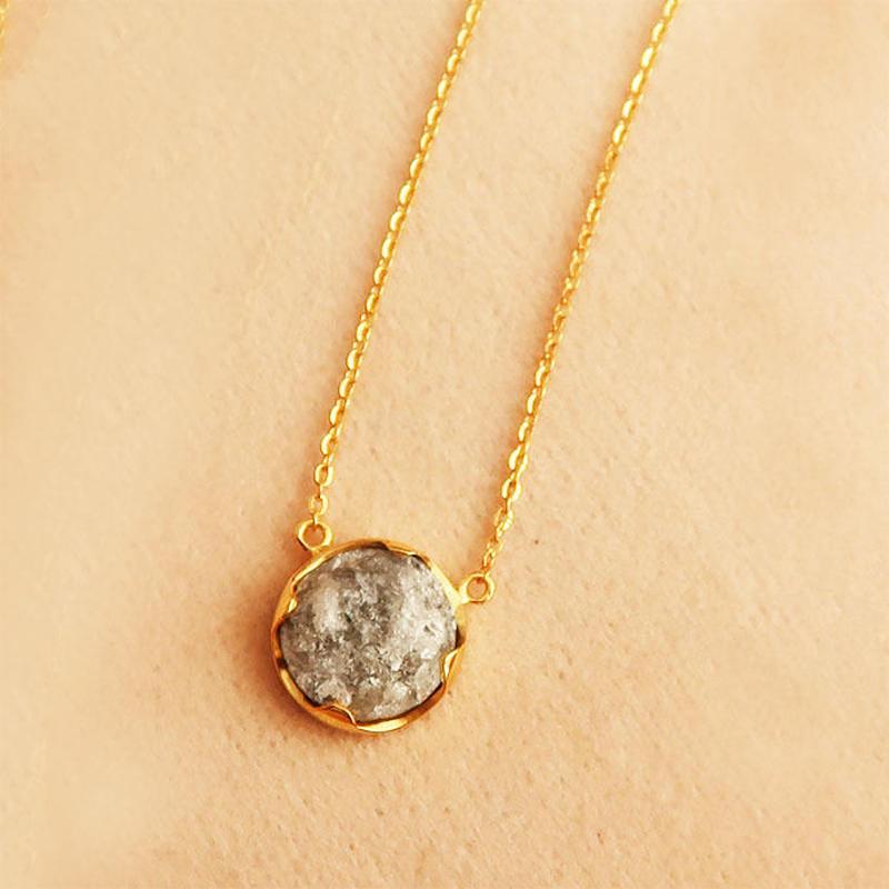 ダイヤ原石  { Necklace } diamond.  K18