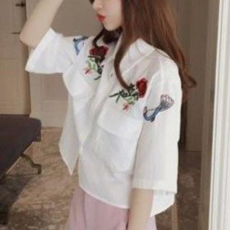 大流行中☆今期マストバイ 刺繍シャツ オフホワイト ピンク