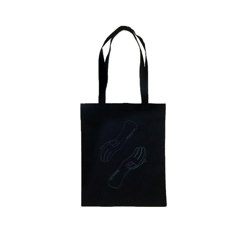 Tote bag -in hand-
