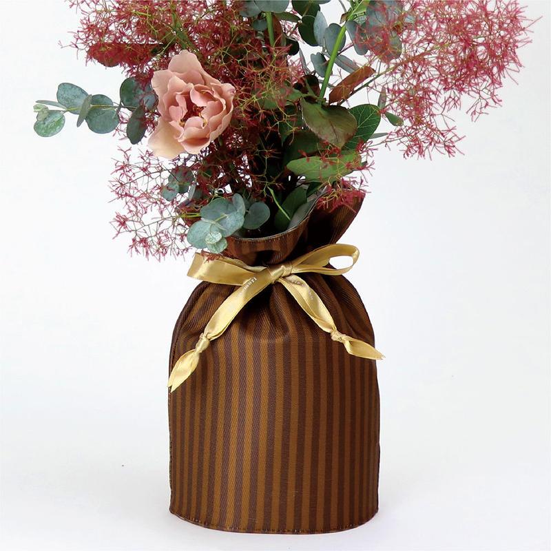 花巾着 (hana kin chaku) |和柄 | M | 棒縞・茶