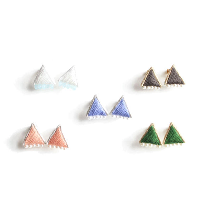 PRISM TRIANGLE PIERCE/EARRING
