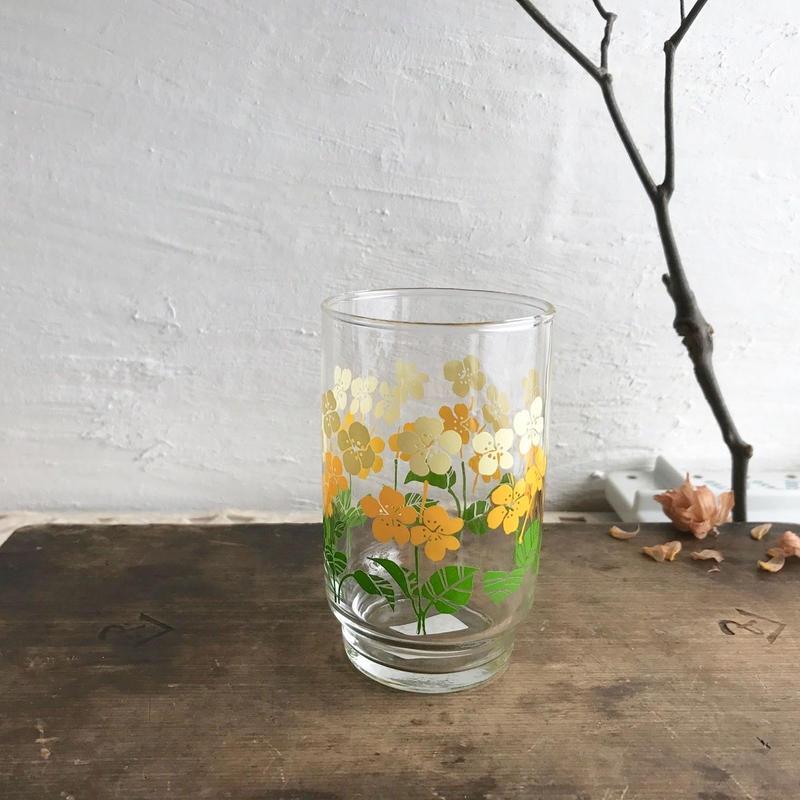 レトロな黄小花グラス