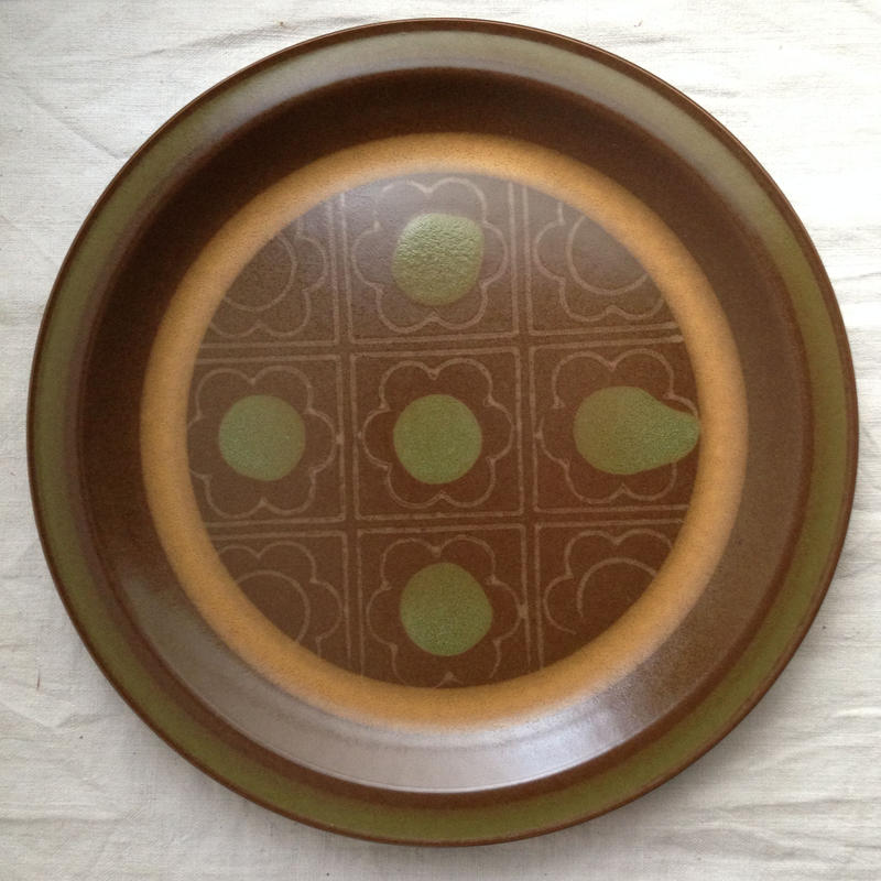1970年代チョコ色大皿27cm