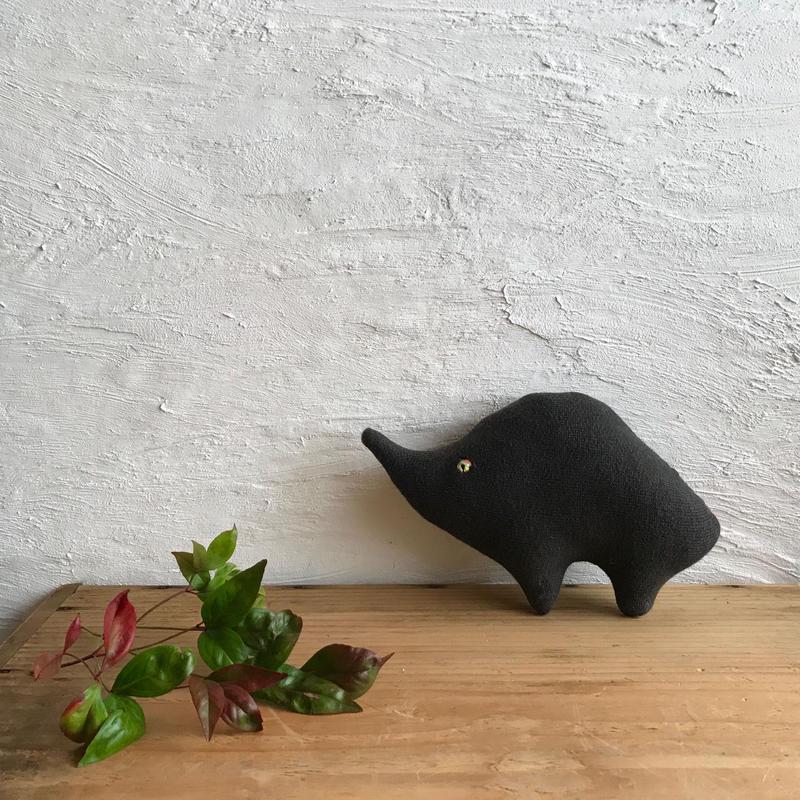 イノ/ 布黒豚(地主)