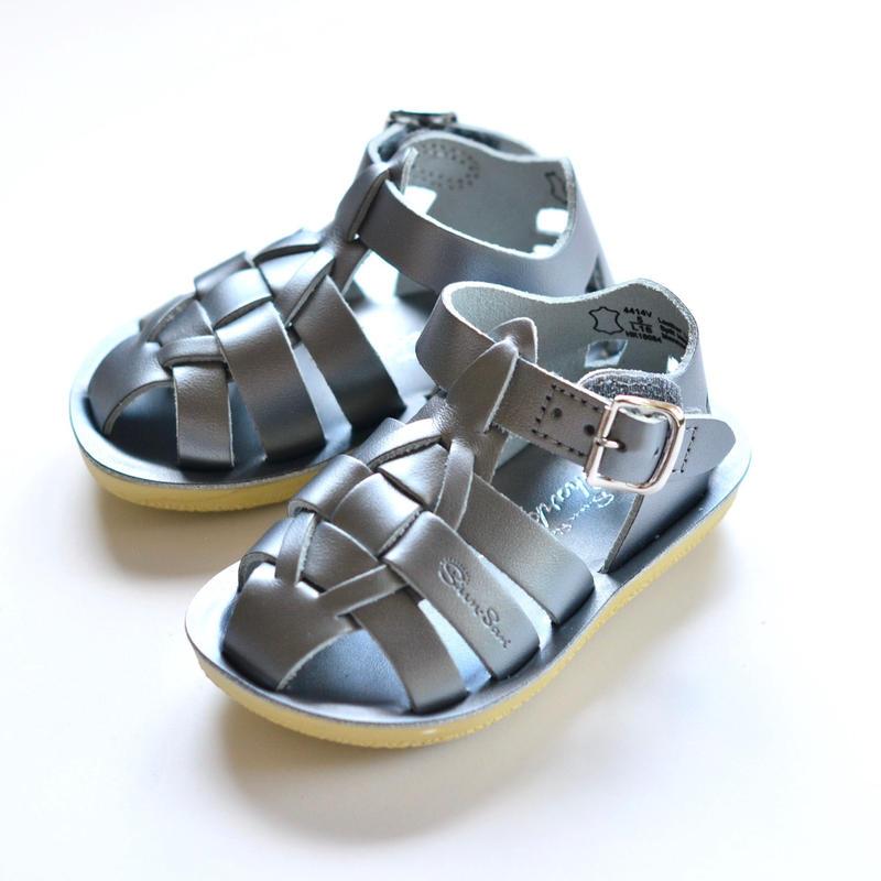 """【 Saltwater Sandals 19SS】 海でも履けるレザーサンダル  / ソルトウォーターサンダル """"Shark"""" Premium / ピューター / 13 - 19cm"""