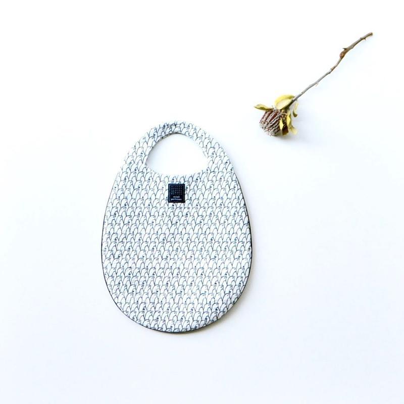 """【 ミナペルホネン 19SS 】XS9443 lintu """"エッグバッグ"""" / white"""