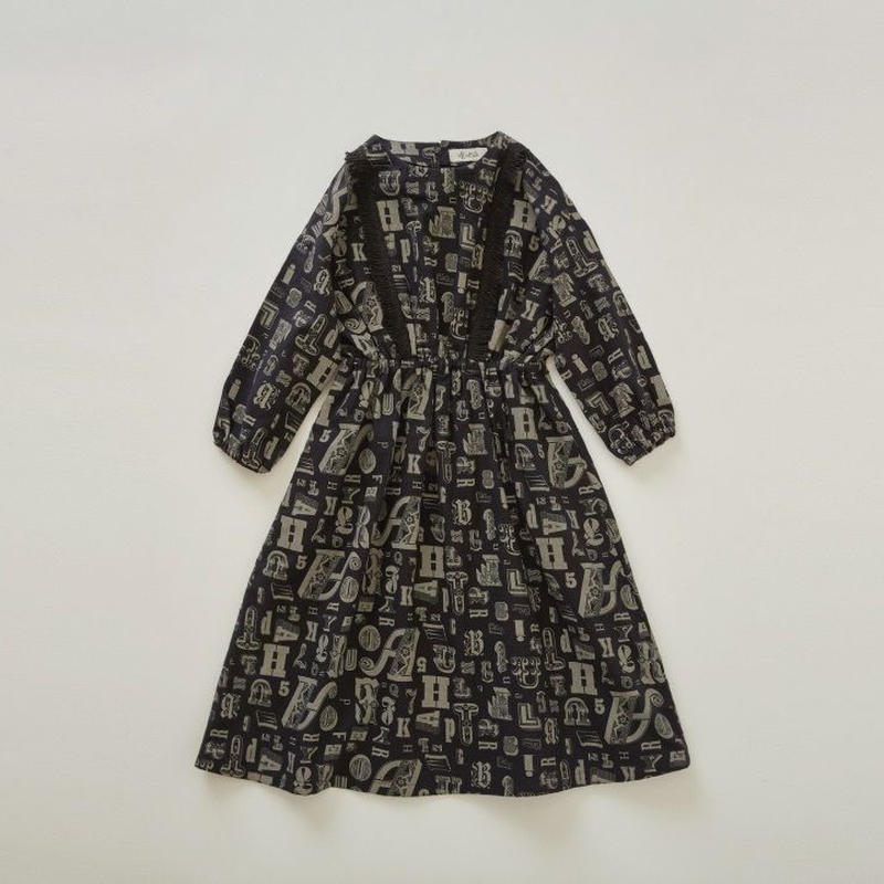【 eLfinFolk 2018AW 】elf-182F03 alphabetic print dress / black / 90,100cm