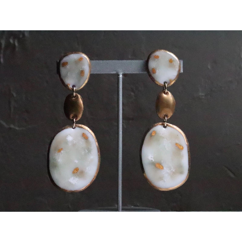 【3stones earrings marble white】[PEKI!RARIGON]