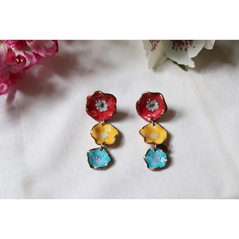 3 flower earrings  (red,yellow,blue)